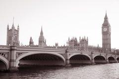 Casas del parlamento y de Big Ben Imágenes de archivo libres de regalías