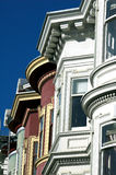 Casas del Victorian en cuadrado de San Francisco, Álamo Imagenes de archivo