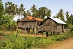 Casas del zanco en un pequeño pueblo cerca de Kratie, Camboya fotografía de archivo libre de regalías