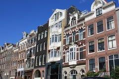 Casas do canal em Amsterdão foto de stock royalty free