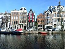 Casas do canal em Amsterdão Imagem de Stock Royalty Free