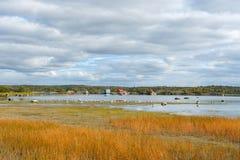 Casas do lago fotos de stock
