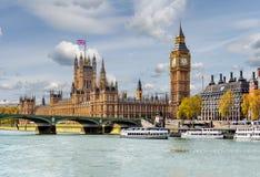 Casas do parlamento e de Big Ben, Londres, Reino Unido imagens de stock