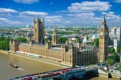 Casas do parlamento e de Thames River, Londres, Reino Unido Foto de Stock