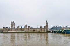 Casas do parlamento em Londres, Inglaterra Fotografia de Stock Royalty Free