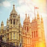 Casas do parlamento em Londres, Reino Unido Efeito retro do filtro Imagem de Stock