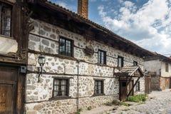 Casas do século XIX autênticas na cidade de Bansko, região de Blagoevgrad, Bulgária Foto de Stock