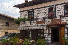 Casas do século XIX autênticas na cidade de Bansko, região de Blagoevgrad, Bulgária Imagem de Stock