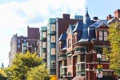Casas do tijolo vermelho em Boston do centro, Massachusetts imagens de stock