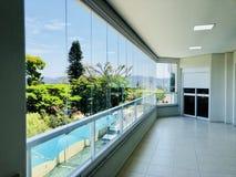 Casas dos bens imobiliários?, planos para a venda ou para o aluguel foto de stock royalty free