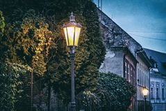 Casas e luzes velhas, filtro análogo fotografia de stock