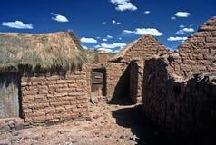 Casas em Altiplano em Bolívia, Bolívia foto de stock