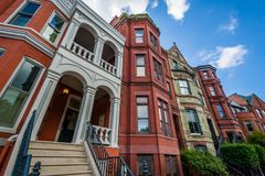 Casas em Logan Circle, em Washington, C.C. imagem de stock royalty free