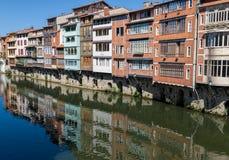 Casas en Castres, Francia Imágenes de archivo libres de regalías