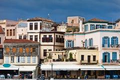 Casas en Chania, Grecia Imagen de archivo libre de regalías