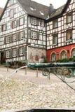 Casas en el bosque negro del schiltach, Alemania Imagenes de archivo