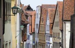 Casas en el der Tauber Rathaus, Alemania del ob de Rothenburg Imagenes de archivo