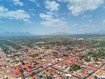 Casas en la ciudad de León Imágenes de archivo libres de regalías