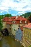Casas en Praga Fotos de archivo libres de regalías