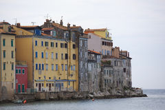 Casas en Rovinj, Croacia imagenes de archivo