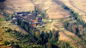Casas en terrazas del arroz de LongJi Fotografía de archivo libre de regalías