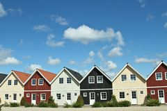 Casas en un pueblo en Dinamarca Imagenes de archivo