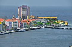 Casas en Willemstad, Curaçao imagen de archivo