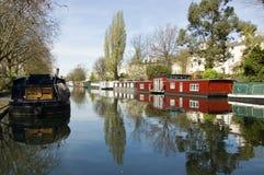 Casas flotantes, poca Venecia, Londres Foto de archivo