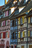 Casas francesas tradicionais coloridas em pequeno Venise, Colmar Imagens de Stock