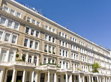 Casas Georgian da parte dianteira do estuque em Londres Fotografia de Stock Royalty Free