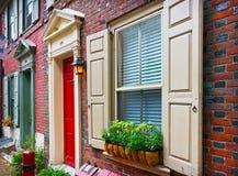 Casas históricas coloridas en Philadelphia Imagen de archivo libre de regalías