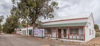 Casas históricas do Karoo, usadas como residenciais, em Vosburg imagens de stock royalty free