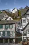 Casas históricas em Monschau, Alemanha Fotos de Stock