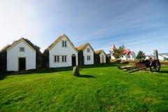Casas islandesas del césped en Glaumbae imagen de archivo