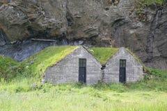 Casas islandesas tradicionales del césped Fotografía de archivo