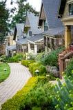 Casas do estilo do Victorian no porto de Roche na ilha de San Juan Imagens de Stock Royalty Free