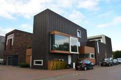 Casas modernas en Groninga, Holanda fotografía de archivo