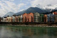 Casas na cidade histórica Innsbruck em Tirol Imagens de Stock Royalty Free