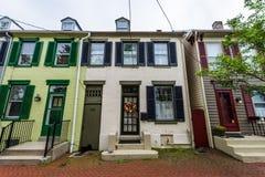 Casas na terceira rua em Federick histórico do centro, Maryland foto de stock