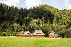 Casas nas montanhas Fotos de Stock Royalty Free