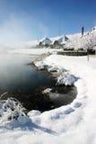 Casas nevadas Fotos de archivo