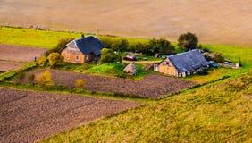 Casas no campo Lituânia Imagens de Stock Royalty Free