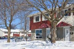 Casas no inverno atrasado Imagem de Stock Royalty Free