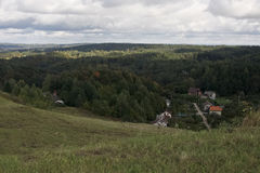 Casas no vale Imagem de Stock
