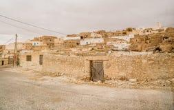 Casas nos oásis no deserto de Sahara, Tunísia Imagens de Stock