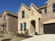 Casas novas na comunidade nova Imagem de Stock Royalty Free