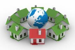 Casas que estão em torno do globo no fundo branco Imagens de Stock Royalty Free