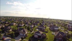 Casas residenciales desde arriba de la visión aérea de arriba almacen de video