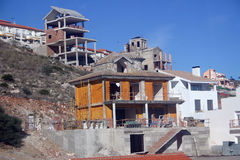 Casas sob a construção imagem de stock