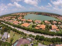 Casas suburbanas em Florida imagens de stock royalty free